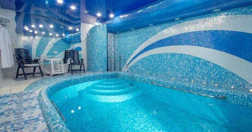 Официальное фото Бутик-Отеля 13 стульев  звезды