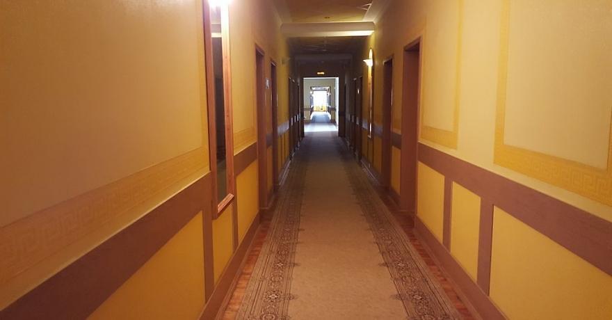 Официальное фото Гостиницы Октябрьская 3 звезды