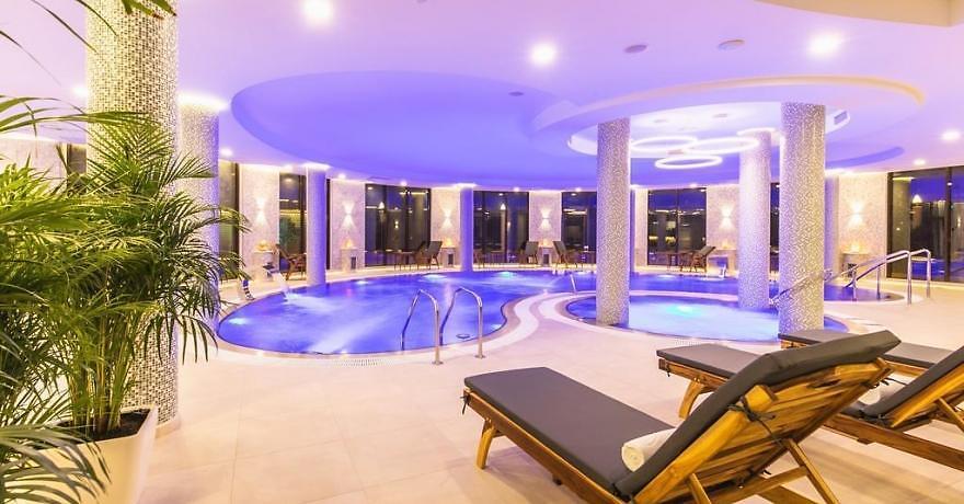 Официальное фото Отеля Роза Ветров 4 звезды