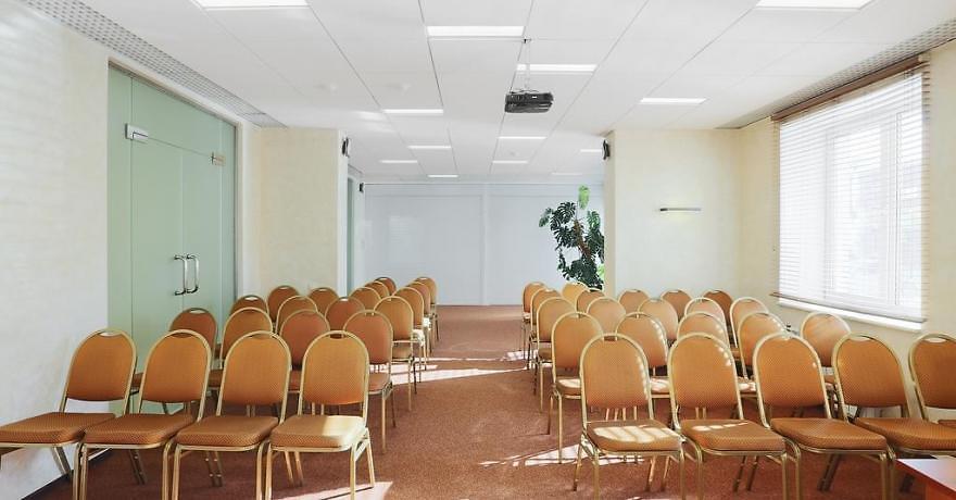 Официальное фото Отеля Меридиан 3 звезды