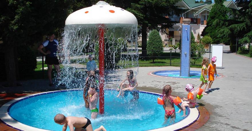 Официальное фото Парк-отеля Демерджи 3 звезды