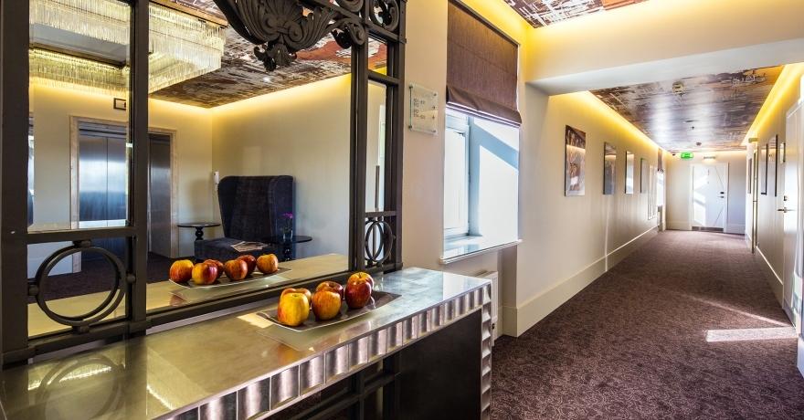 Официальное фото Отеля Индиго 4 звезды