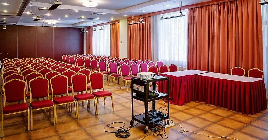 Официальное фото Отеля Яхонты Истра 4 звезды