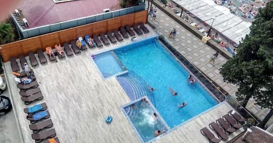 Официальное фото Отеля Фламинго 3 звезды