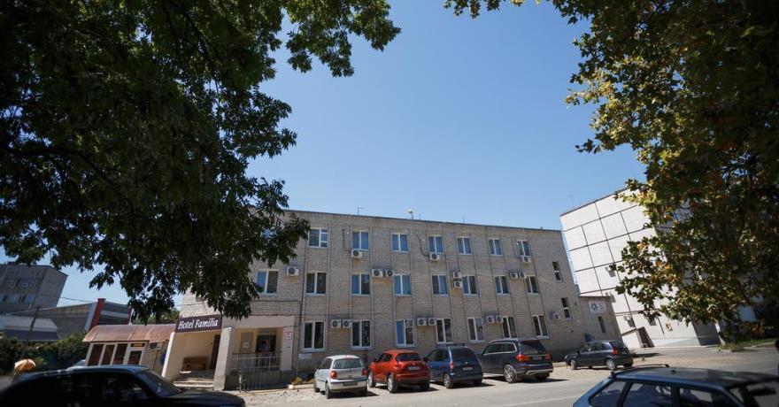 Официальное фото Отеля Фамилия  звезды