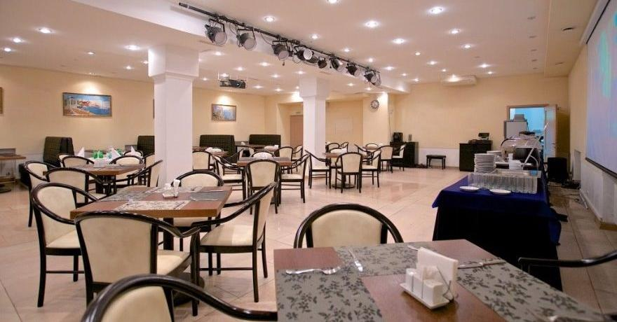 Официальное фото Отеля Авиалюкс 3 звезды