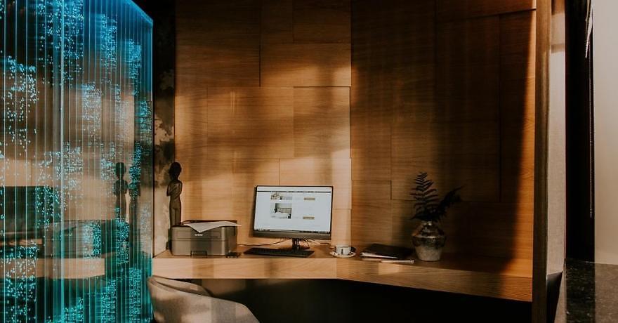 Официальное фото Бизнес-отеля Элемент 4 звезды