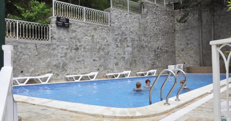 Официальное фото Туристического комплекса Ялта Круглый Год 3 звезды