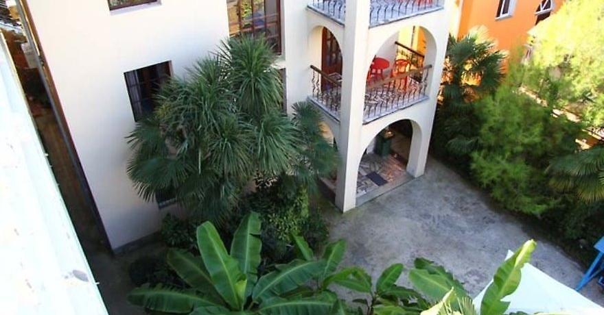 Официальное фото Отеля Цветочный  звезды