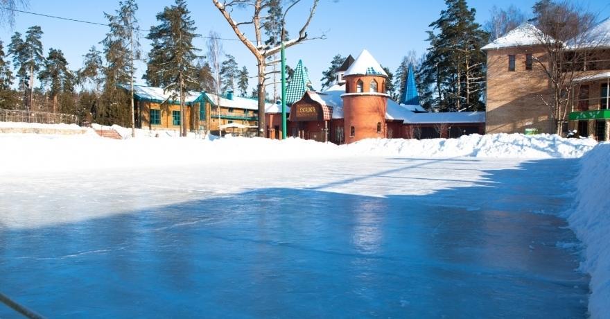 Официальное фото Загородного отеля Улиткино  звезды