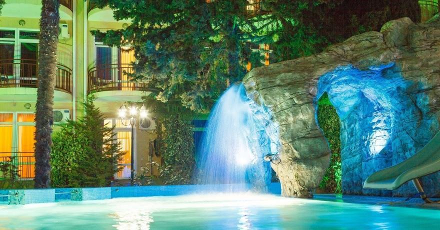 Официальное фото Гостиничного  Комплекса Грейс Кипарис 3 звезды