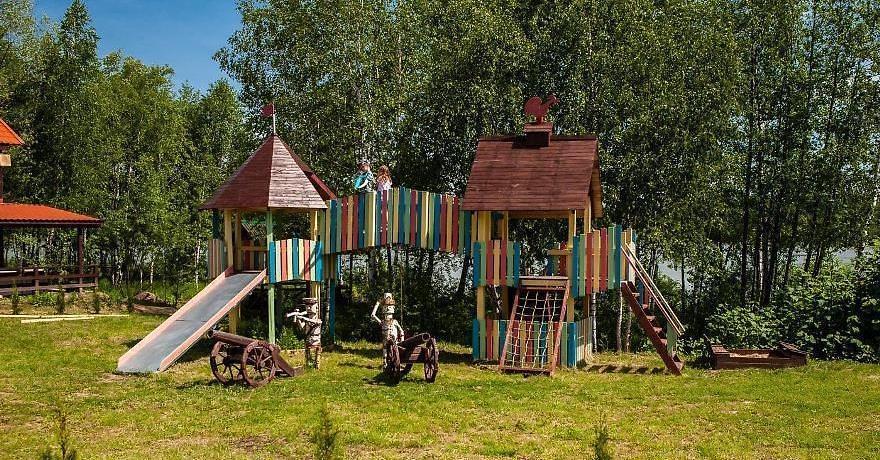 Официальное фото Загородного Клуба Медвежьи Озёра  звезды