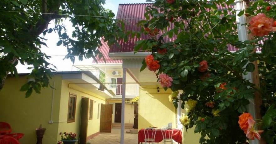 Официальное фото Гостевого дома Маргарита  звезды
