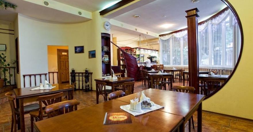 Официальное фото Отеля Серсиаль 2 звезды