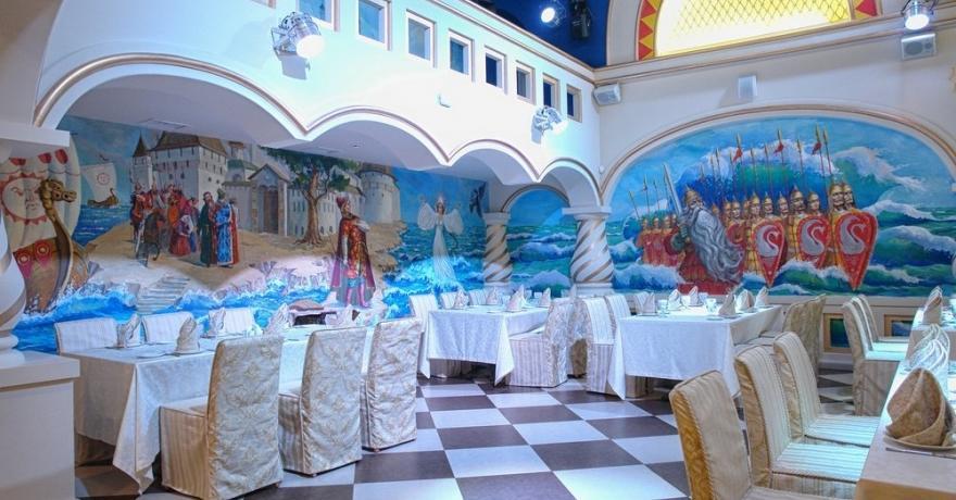 Официальное фото Туристического комплекса Алеша Попович Двор 3 звезды