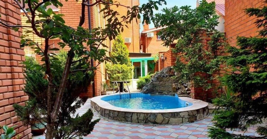 Официальное фото Гостиницы Ливадия  звезды
