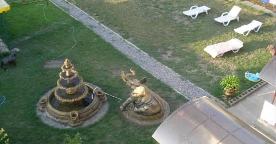 Официальное фото Гостевого дома Золотой слон  звезды