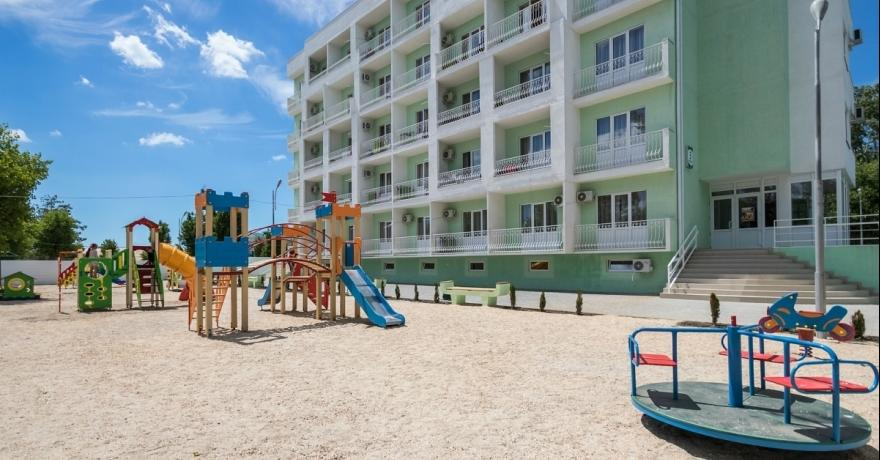 Официальное фото Парк-отеля Лазурный берег 4 звезды