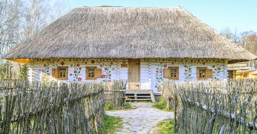 Официальное фото Этноотеля Украина (ЭТНОМИР)  звезды