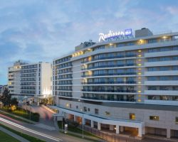 Отель Radisson Blu Resort & Congress Centre